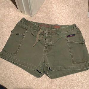 B2GOFREE 🍭Abercrombie & Fitch cargo shorts SzS